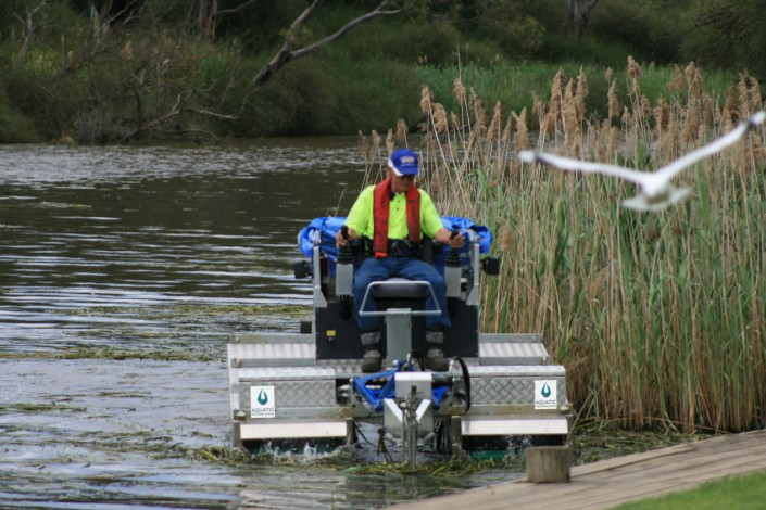 Truxor machine Aquatic Technologies Mobitrac Australia