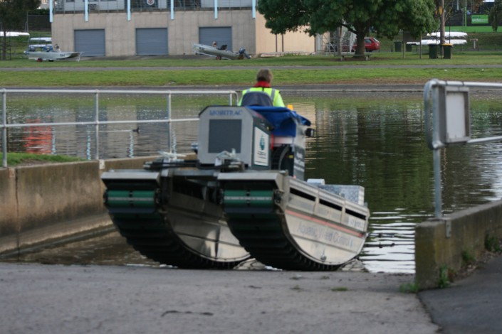 Mobitrac amphibious water entry